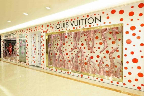 LOUIS-VUITTON-YAYOI-KUSAMA-CONCEPT-STORE-SINGAPORE1-600x400